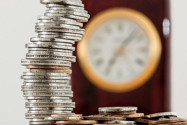 bidang manajemen keuangan