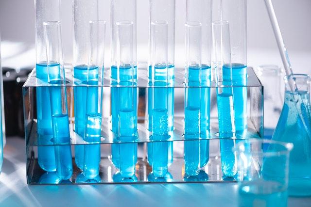 bidang manajemen laboratorium