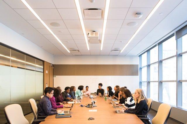 definisi manajemen perusahaan